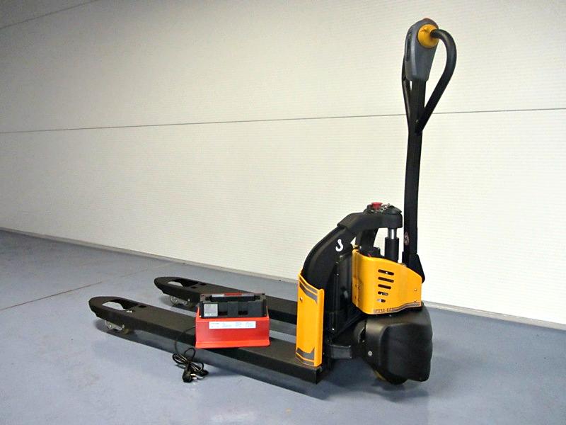 Elektryczny wózek paletowy BD-12EZ